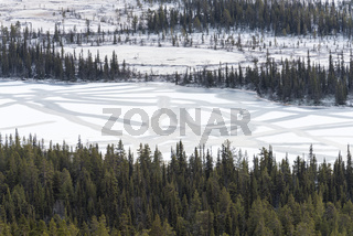 gefrorener See, Lappland