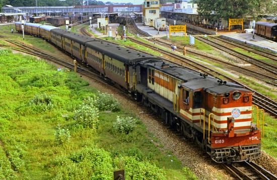 railway station india essay