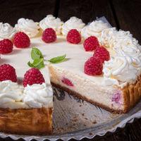 himbeer sahne torteraspberry cream cake