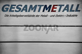 Schild Arbeitgeberverbände Metall