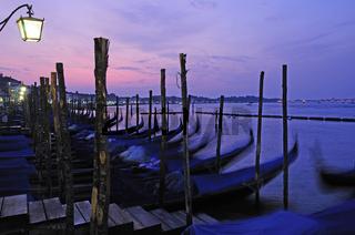 Gondeln am Molo San Marco