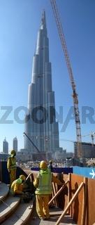 dubai emirates tower