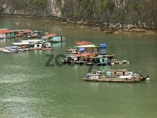 Schwimmendes Dorf
