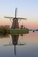 Historic windmills, UNESCO World Heritage Site, Kinderdijk, South Holland, Netherlands, Europe