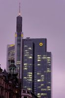 Commerzbanktower in winter