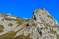 Historisches Berghotel Pilatus-Kulm am Gipfel Esel