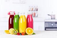 Saft Smoothie Smoothies Flasche Orangensaft Fruchtsaft Frucht Textfreiraum Copyspace Früchte