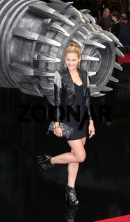 Fiona Erdmann bei der Europapremiere von 'Transformers 3' am 25.06.2011 in Berlin.