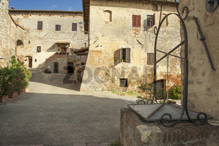 Abtei Abbadia Isola nahe Monteriggioni, Toskana, Italien