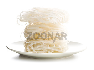 Dried rice noodles.