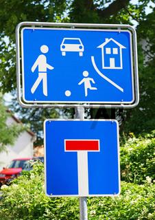 Wohngebiet und Sackgasse - Verkehrsschilder