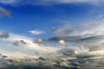 Haufenwolken, Regenwolken, Gewitterwolken, aufziehendes Gewitter