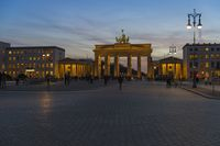 Dusk dusk at Pariser Platz in front of the Brandenburg Gate.
