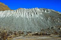Bodenerosion an einem Berghang
