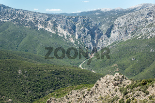Blick auf die Schlucht Gola su Gorropu von der Passstraße, Sardinien