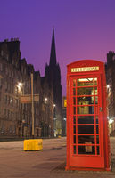 Red telephone booth along the famous royal mile in Edinburgh, Sc