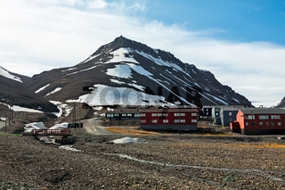 Mountain landscape in Longyearbyen, Norway