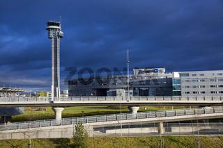 Airport Oslo1.jpg