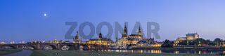 Dresden Canaletto Blick, rechts von der Augustusbrücke