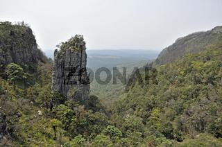 Pinnacle, eine gigantische Quarzit-Säule im Blyde River Canyon Nature Reserve