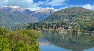 Blick über den Ortasee nach Pettenasco,Piemont,Italien