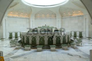 Abu Dhabi, Sheikh Zayed Grand Mosque, Raum für die Waschung