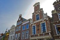 Traditionelle holländische Giebelhäuser