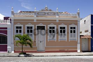 Hausfassaden in Canavieiras, Bahia, Brasilien, Südamerika