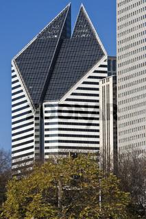 Building on Michigan Avenue in Chicago