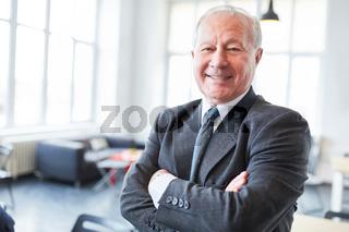Senior als erfolgreicher Manager