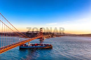 gold gate bridge in blue sky