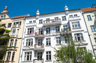 Sanierter Altbauten im Prenzlauer Berg in Berlin