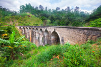 9 arochnii most.jpg