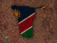 Karte und Fahne von Namibia auf rostigem Metall - Map and flag of Namibia on rusty metal