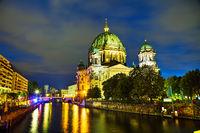 Berliner Dom overview
