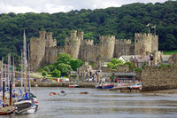 conwy catle in nordwales.jpg