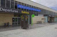 Eingangsbereich zum Flughafen Teneriffa Süd Reina Sofia, Tenerif