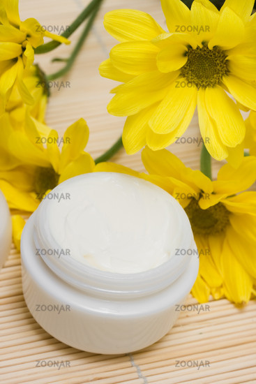 cosmetic moisturizing cream with chamomiles