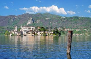 die Isola san Giulio im Ortasee,Piemont,Italien