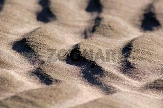 Sandwellen am Strand