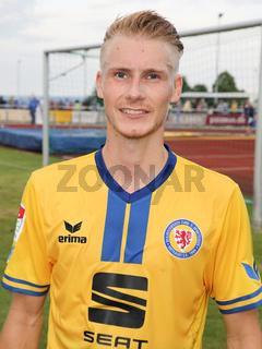 Maximilian Sauer ( Eintracht Braunschweig) beim Testspiel Eintracht Braunschweig gegen 1. FC Magdeburg am 05.07.2017 in Schöningen