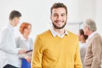 Mann als erfolgreicher Startup Gründer