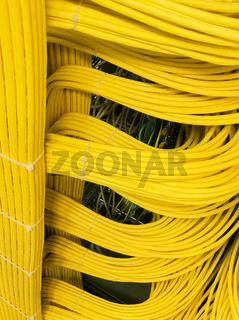 Netzwerkkabel an einem Netzwerk HUB