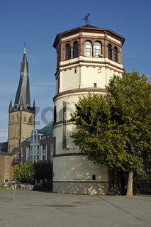 Navy museum and the crooked tower of the St Lambertus Church