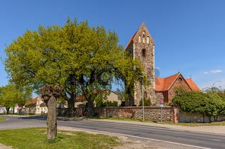 Dorfkirche Krummensee, eine der ältesten Feldsteinkirchen auf dem Barnim