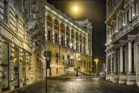 night walk in Rome
