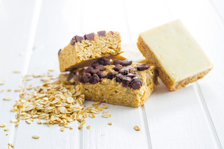 Oat protein bars and oatmeal.