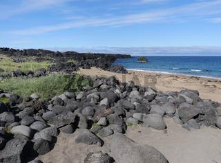 Heller Strand von Skarðsvík auf Snæfellsnes in Island