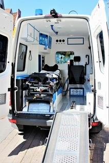 An image of a ambulance