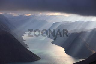 Besseggen Jotunheimen  Norwegen